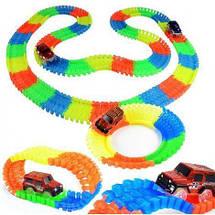 Гоночный трек Magic Tracks 360 деталей - Детский светящийся гибкий автотрек с двумя машинками и мостиком Топ, фото 2
