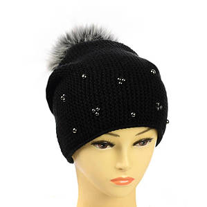"""Жіноча зимова шапка """"Поліна"""" Чорна шапка на флісі з помпоном і намистинками Топ"""