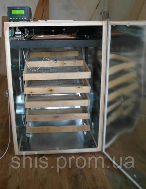 Инкубатор на 1500  перепелиный яйцемест