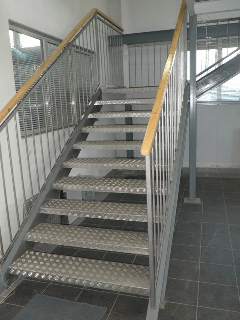Дом этажи лестница