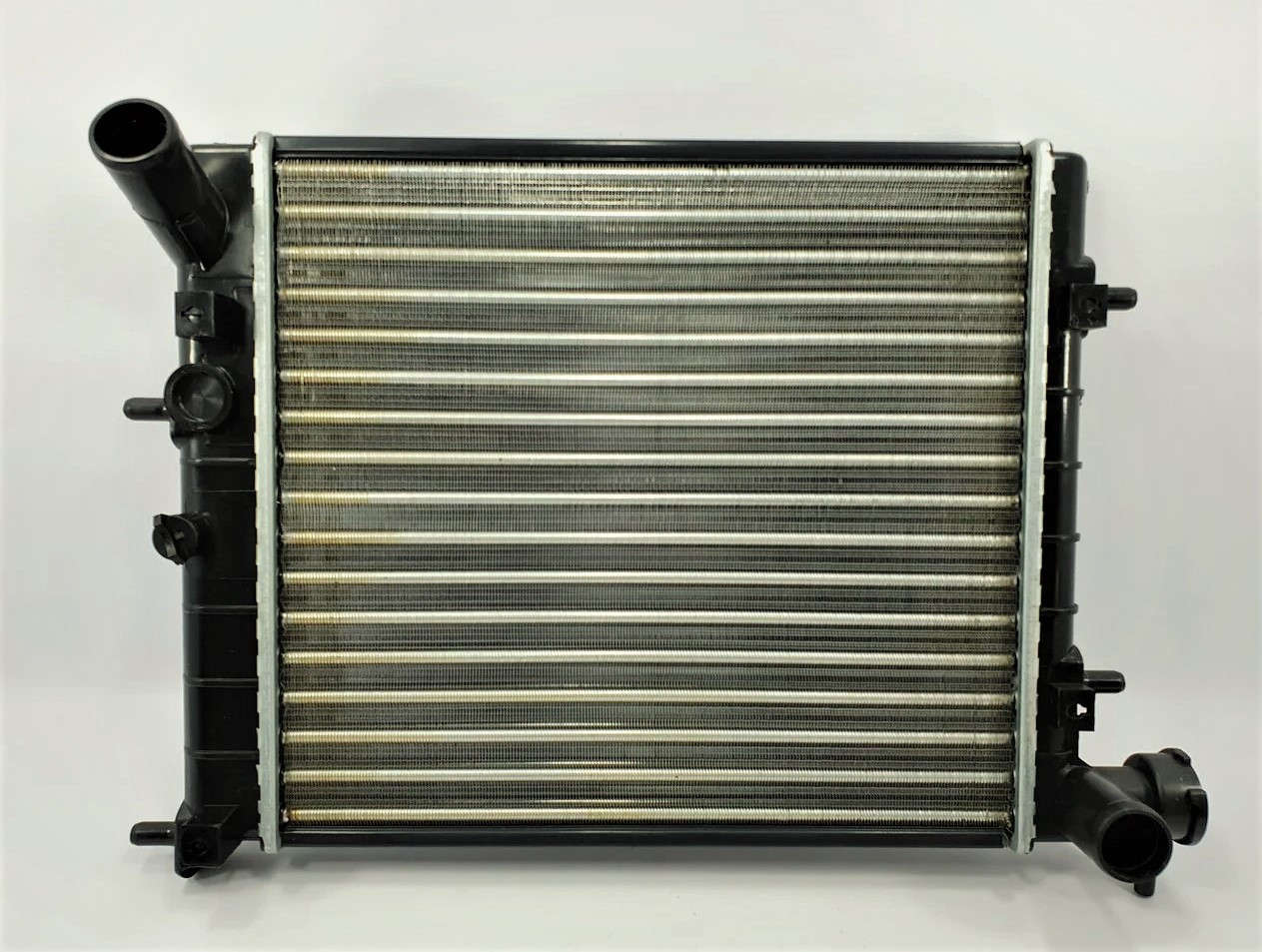 Радіатор охолодження Hyundai Accent (після 2003р.) GROG Корея
