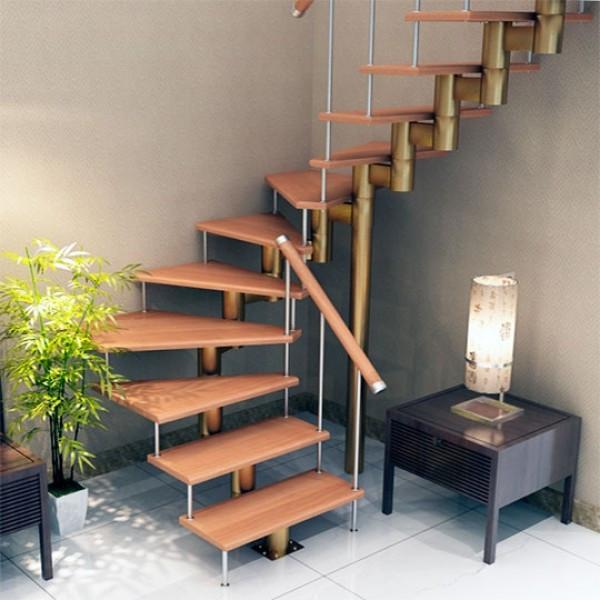 Лестницы на второй этаж на 90