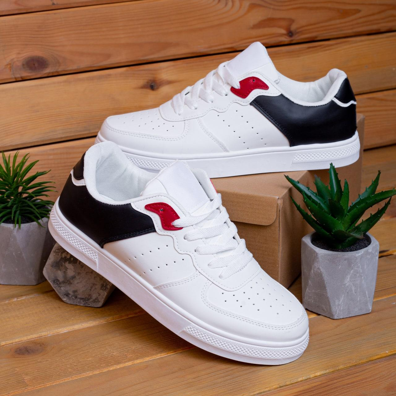 Мужские кроссовки Изи Форс (белые с черной вставкой) 40,43,44