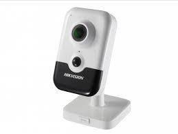 2 Мп IP відеокамера з SD картою Hikvision DS-2CD2423G0-IW(W) (2.8 мм)