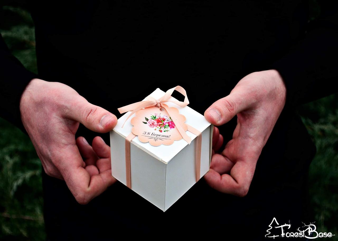 Коробочка із смачним сюрпризом