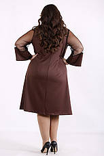 Платье трикотажное большое с вставкой из сетки коричневое, фото 2