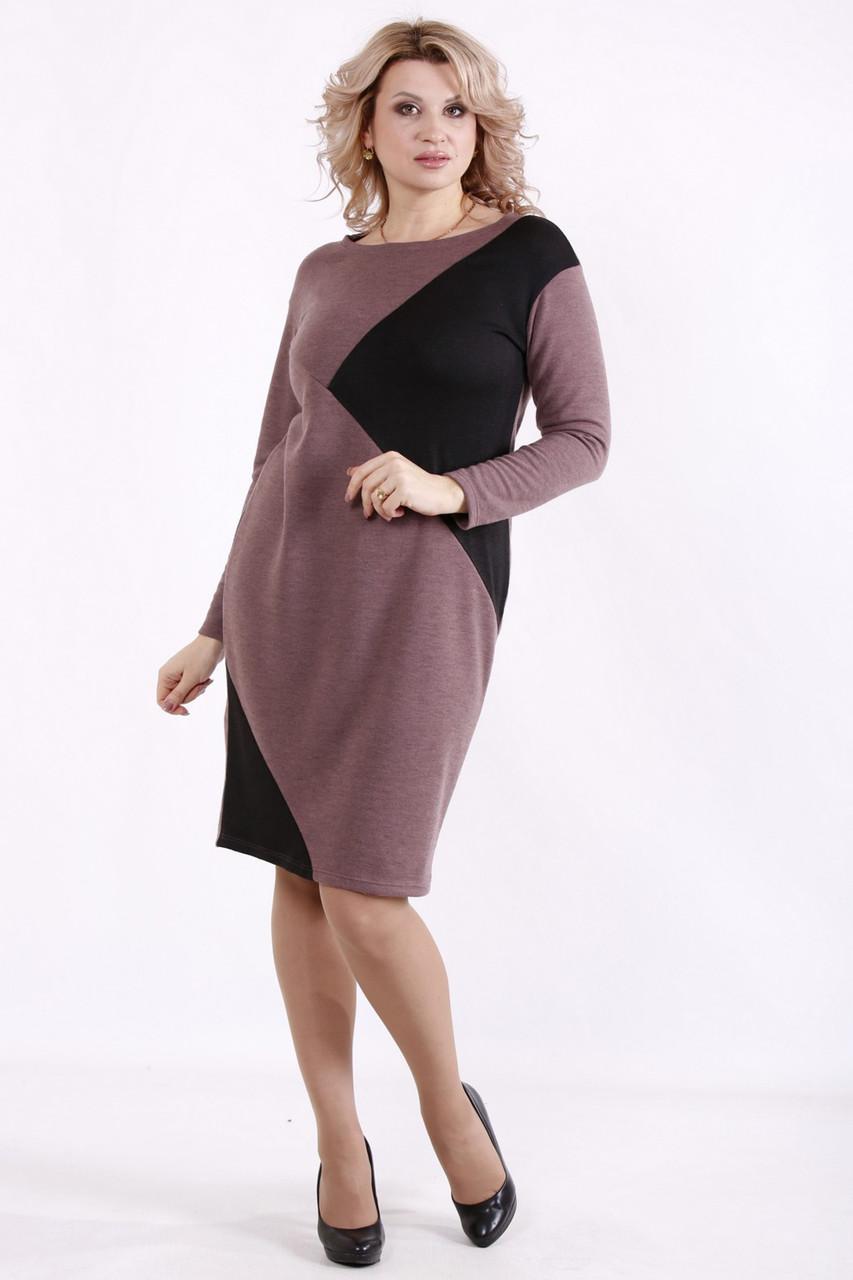 Трикотажне плаття великих розмірів для роботи на кожен день