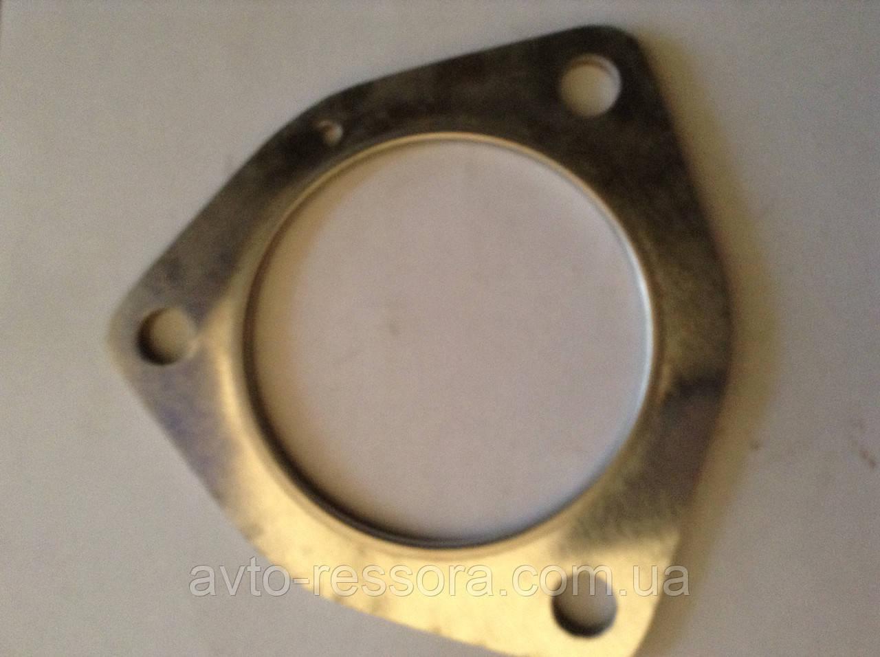 Прокладка трубы глушителя 3 отве.( приемной трубы) Эталон, I-VAN, ТАТА  (613 EII, 613 EIII) пр-во Индия