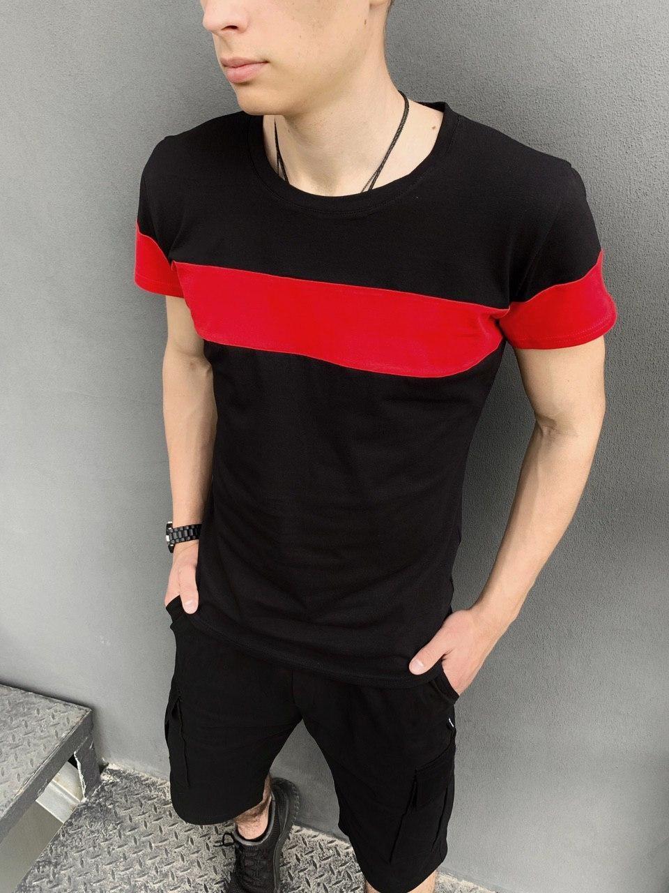 Чоловіча червоно чорна футболка повсякденна