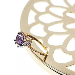 Золотое кольцо с аметистом и бриллиантом