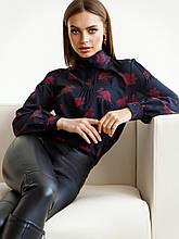 Черная блузка в цветочном принте с длинным рукавом и воротником стойка
