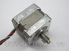 Кроковий двигун уп 1,8 ф5,0/ 12 Ом ДШГ 4036