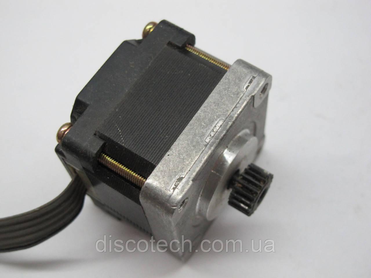 Двигатель шаговый уп 1,8 ф4,0/ 12 Ом EM-216