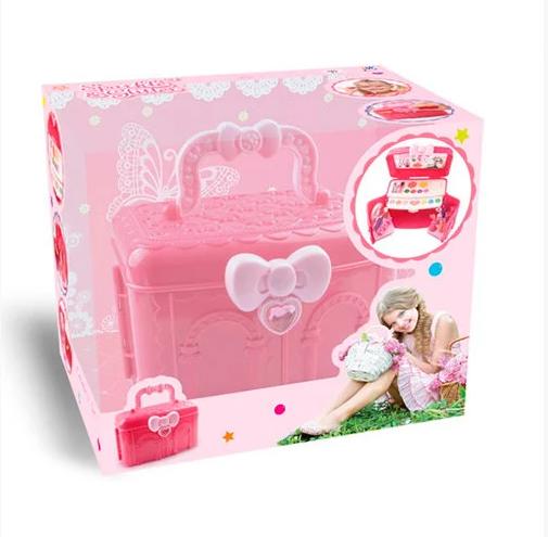 Набор косметики в чемодане, розовый