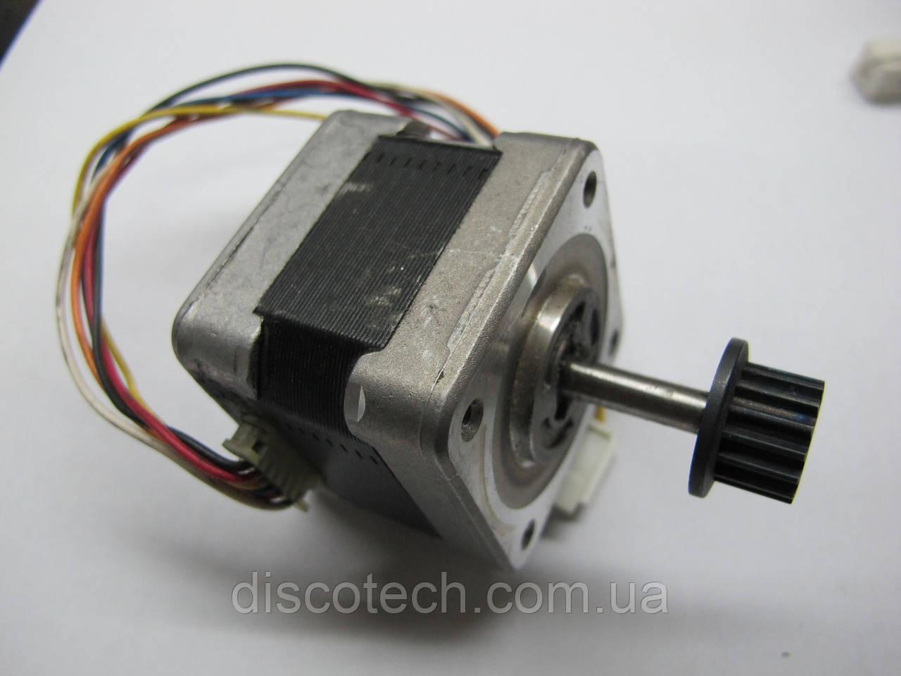 Двигатель шаговый уп 1,8 ф5,0/  8,4 Ом 103-547-5042