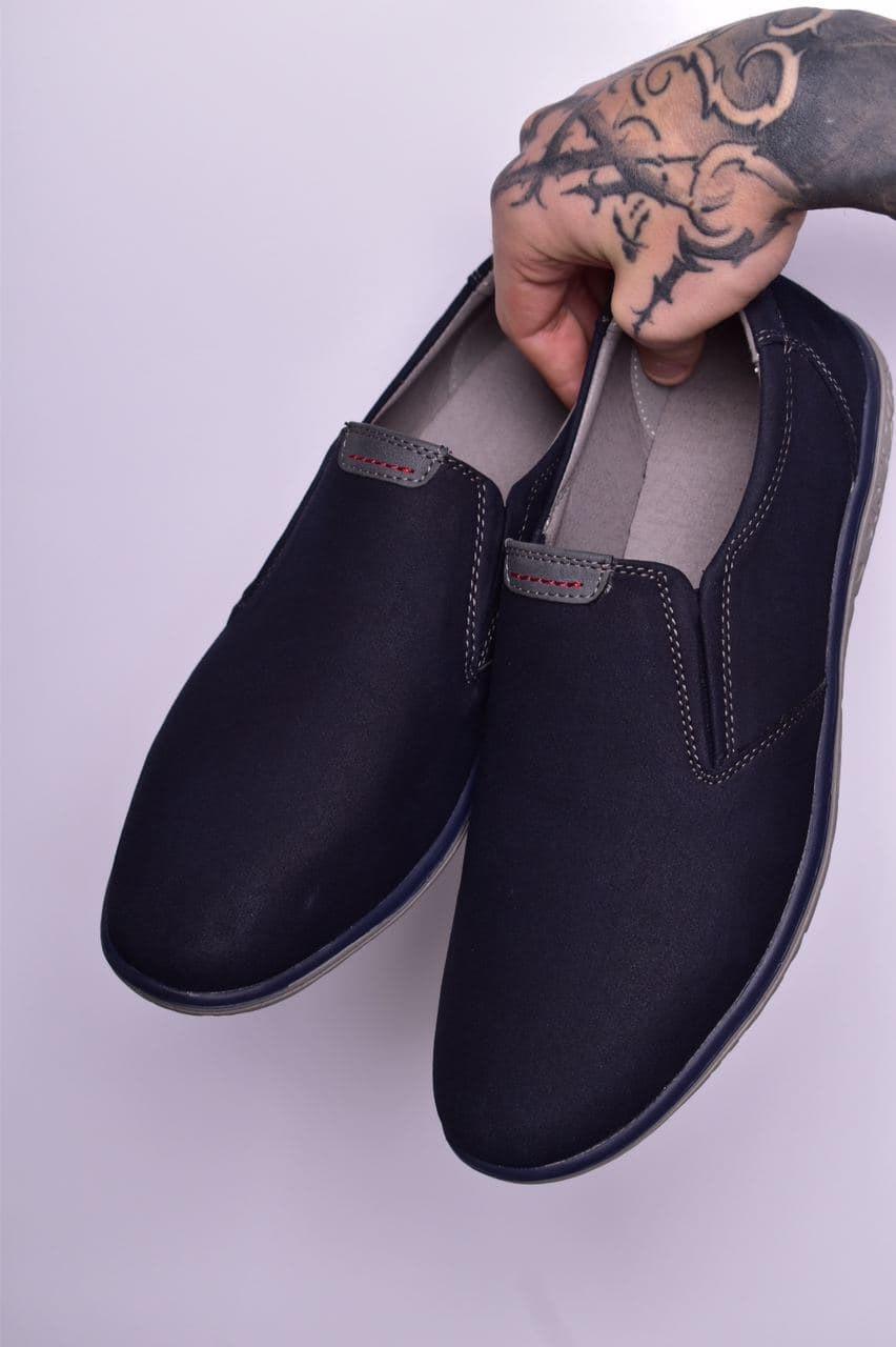 Туфли мужские 8 пар в ящике синего цвета 40-45