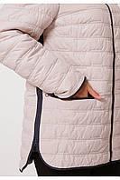 Женская стеганая куртка с капюшоном бежевая весна-осень больших размеров