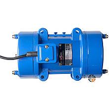 Вібратор майданчиковий Enersol, 0.75 кВт, частота вібрації 2840 віб/хв, відцентрова сила 3.43 кН