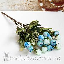 Букет ранункулюсов 15 бутонов по 2 см, голубой-мятный