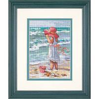 """Набір для вишивання хрестом """"Дівчинка біля берега//Girl at the Beach"""" DIMENSIONS 65078"""
