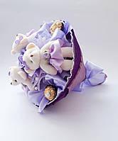 Букет из конфет Ferrero rocher и мягких игрушек Вкусный сладкий подарок для ребенка / девушке