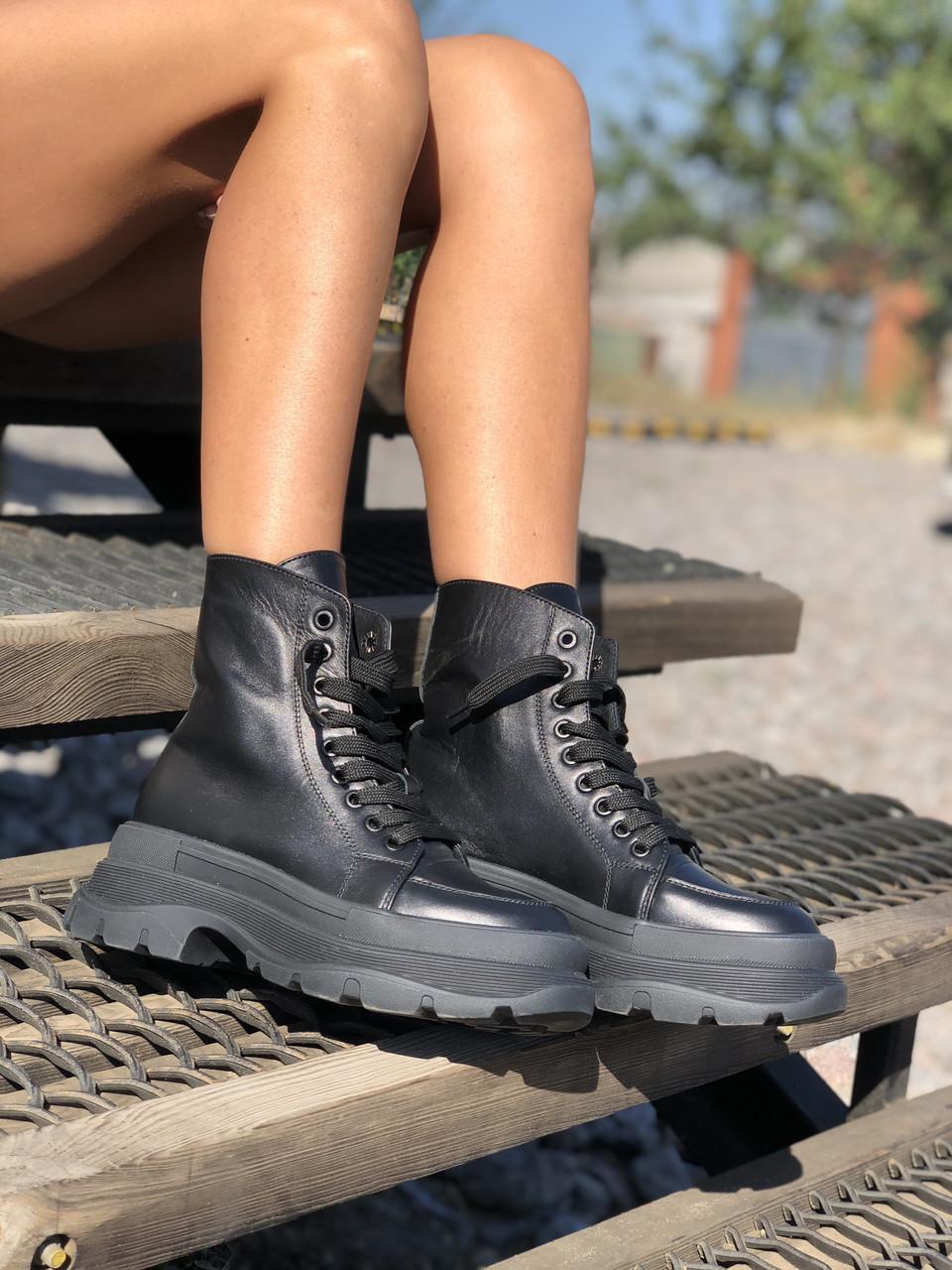 Жіночі черевики високі базові HBM Mac, чорний, натуральна шкіра, всередині шкіра+хутро+байка, 37 розмір