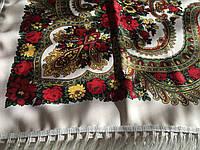Хустина* в етнічному стилі з квітами та українським орнаментом колір молочний розмір 110*110 см