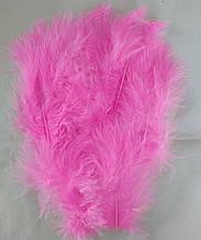 Перья декоративные розовый (5-8 см) 100 шт