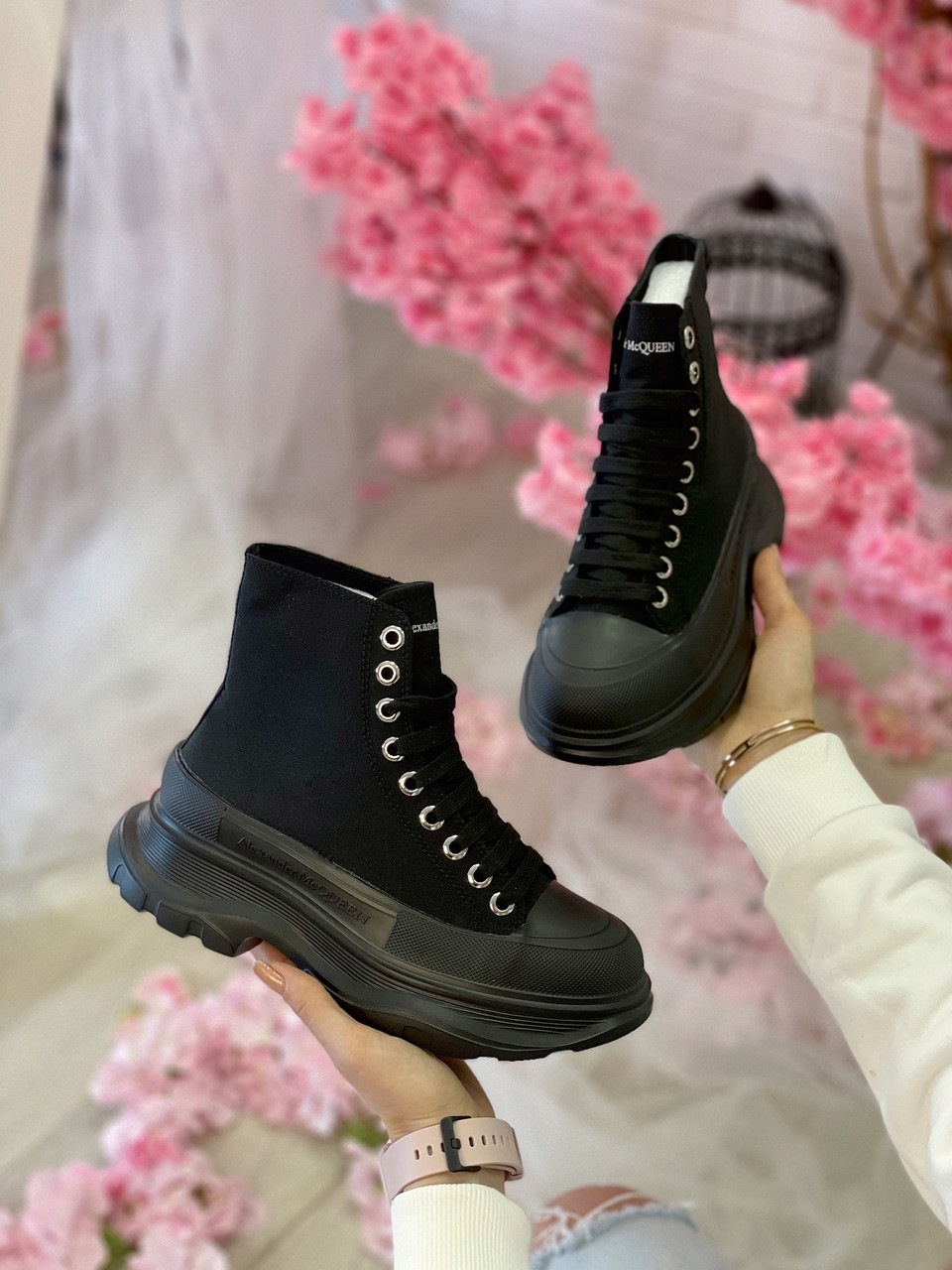 Стильні жіночі черевики ALEXANDER MCQUEEN Tread Slick Черевики (ВЕСНА/ОСІНЬ)