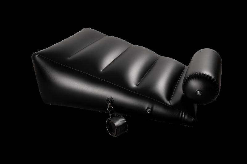 Подушка для секса с 2 съемными манжетами DARK MAGIC RAMP WEDGE INFLATABLE CUSHION