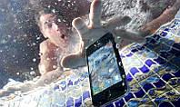 Уронили телефон в воду? Что делать?