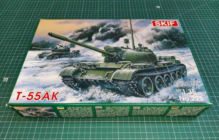 Т-55АК Советский средний танк. Сборная модель в масштабе 1/35. SKIF MK225, фото 2