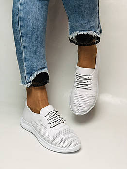 Турецкая обувь. Женские белые кеды-кроссовки с перфорацией из натуральной кожи. Размер 36,37,38,39