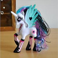 Фигурка Единорог My Little Pony Пони-пегас Принцесса Заката 14 см 01929
