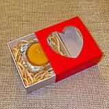 Набор стеклянного подсвечника в комплекте с прозрачной восковой чайной свечой 24г в коробке Красное Сердце, фото 2