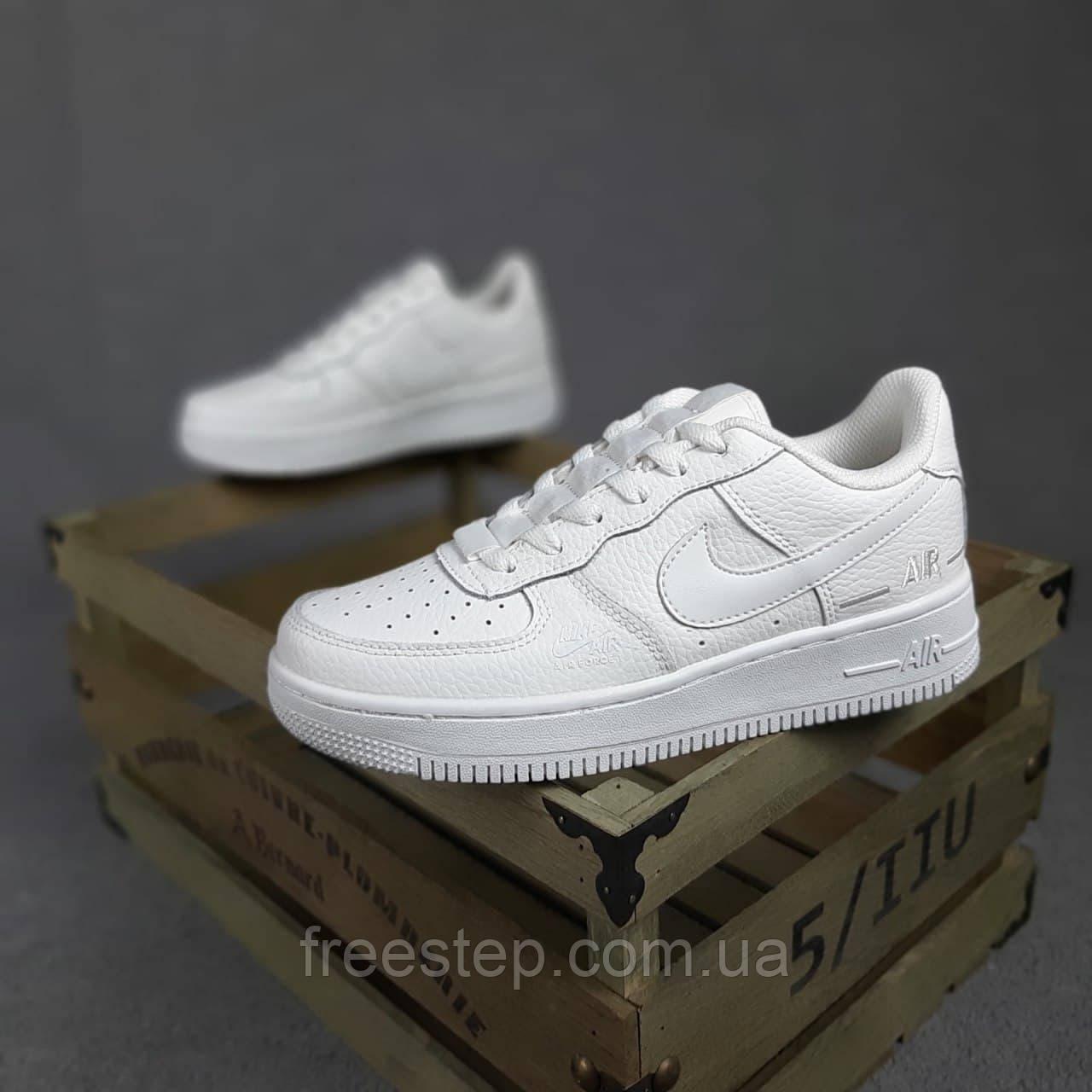 Жіночі кросівки в стилі Nike Air Force 1 Double Air білі