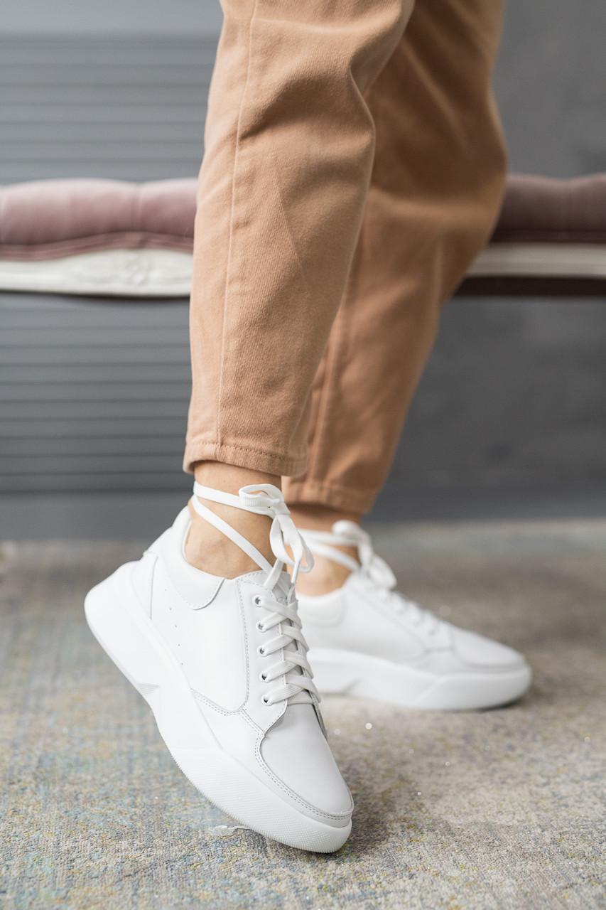 Женские кроссовки кожаные весна/осень белые Yuves 134 white