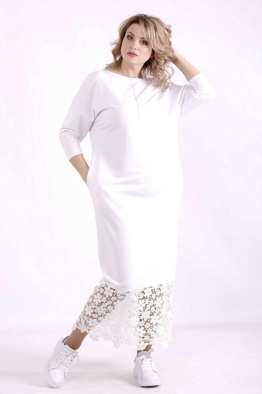 Белое платье батал с кружевом прямое с карманами
