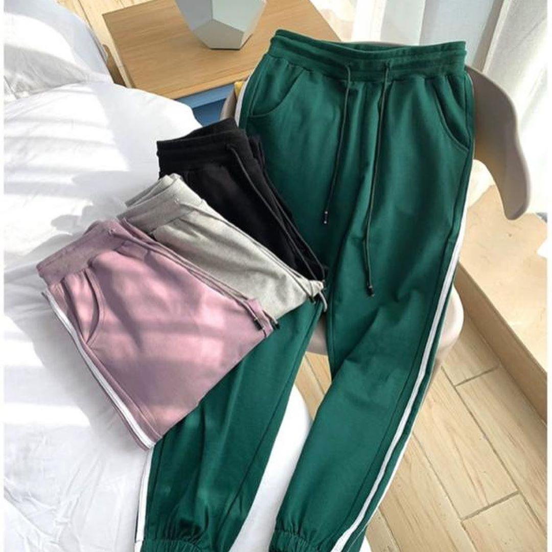 Спортивные штаны женские весенние стильные размеры 42 44 46 Новинка 2021 есть другие цвета