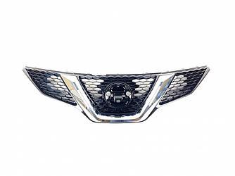 Решітка радіатора для Nissan Qashqai 13-16 / Rogue sport 14-19