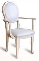 Кресло деревянное классическое
