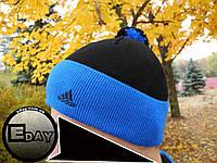 Тёплая шапка с бубоном Adidas чёрно-синяя на флисе, фото 1