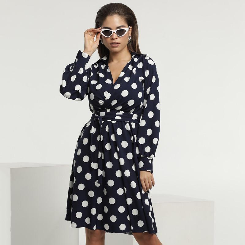 Платье в горошек с пышной юбкой