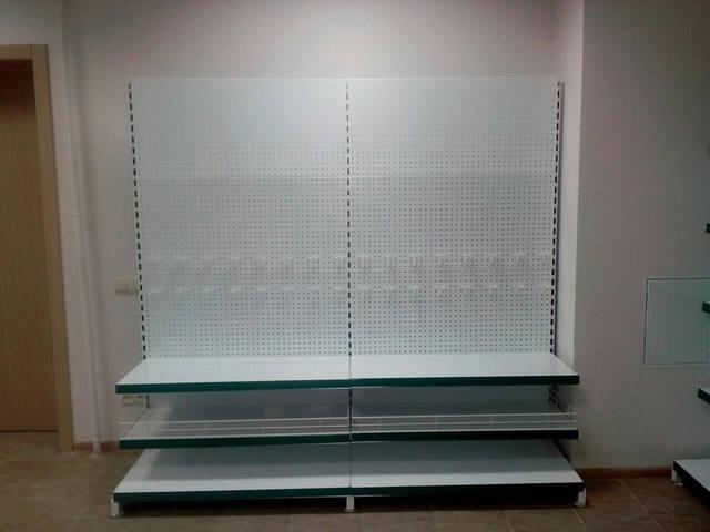 Стеллаж комбинированный с металлическими полками и перфорированной панельной стенкой ВИКО
