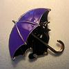 Брошь брошка значок кот кошка черная под сиреневым зонтом металл эмаль, фото 3