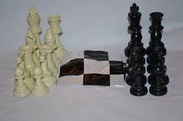 Фигуры шахматные (пластиковые без утяжелителя).