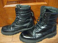 """Вот ещё один из примеров - обработанные бальзамом """"Renapur"""" военные берцы. Кроме шика и блеска :)) им теперь не страшны ни лужи, ни слякоть. Воск, который входит в состав бальзама, надёжно защищает обувь от промокания, не выступают солевые разводы."""