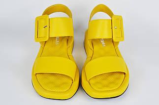Босоножки с пряжкой Guero 16112 39 Желтые кожа, фото 2