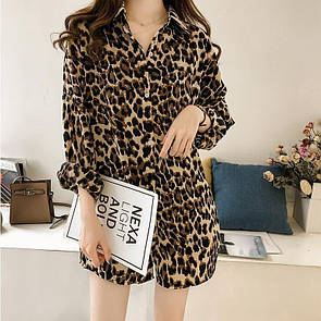 Удлиненная рубашка женская в леопардовый принт свободного фасона из коттона (р. 42-44) 83ru442