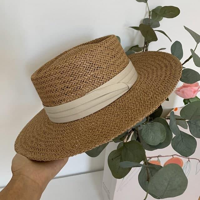 Шляпа летняя соломенная пляжная с прямыми полями и плоским верхом 83sl318
